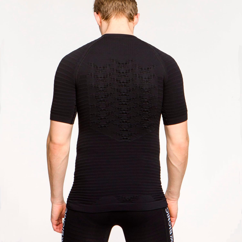 Фото 4 - Мужская футболка X-Bionic® Effektor 4.0 Running, Цвет: Opal Black / Arctic White