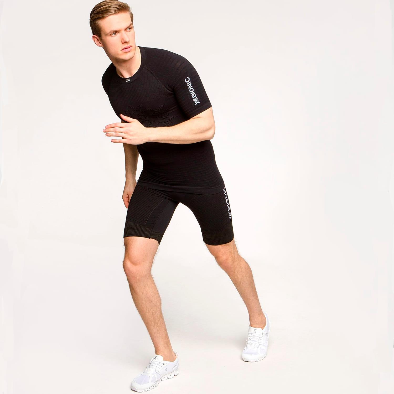 Фото 7 - Мужские короткие тайтсы X-Bionic® Effektor 4.0 Running, Цвет: Opal Black / Arctic White